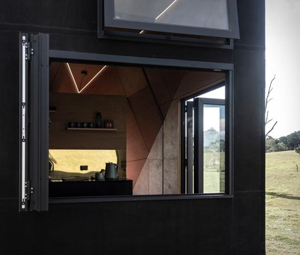 base-cabin-2.jpg | Image
