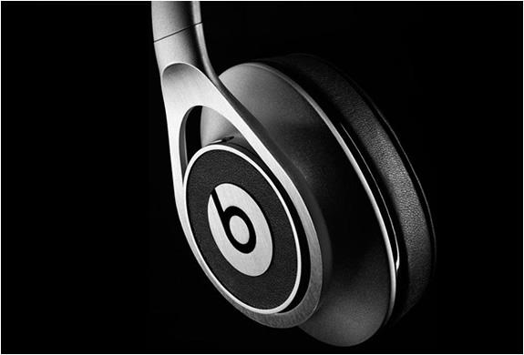 beats-executive-headphones-4.jpg | Image
