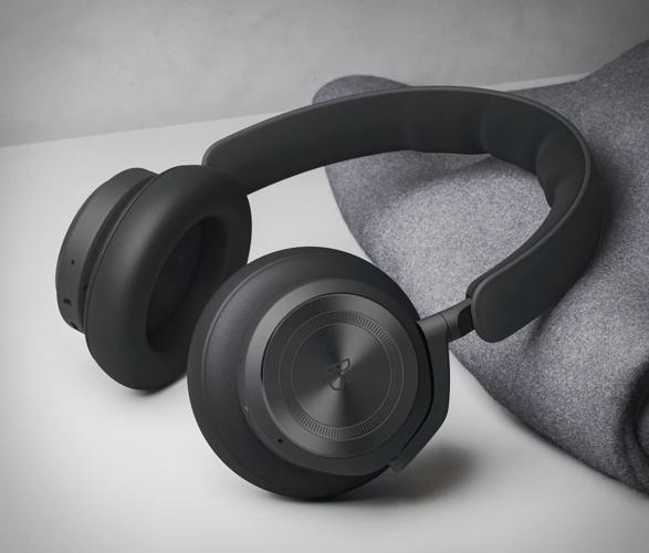 beoplay-hx-headphones-2.jpg | Image