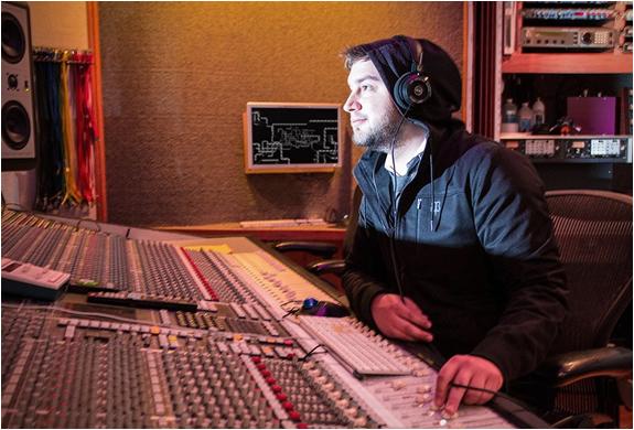 betabrand-audio-engineer-hoodie-7.jpg