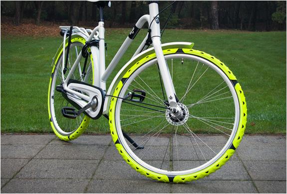 bike-spikes-cesar-van-rongen-5.jpg | Image