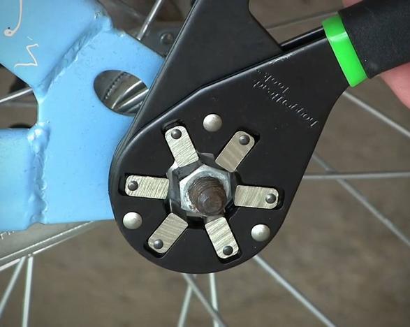 bionic-wrench-2.jpg | Image