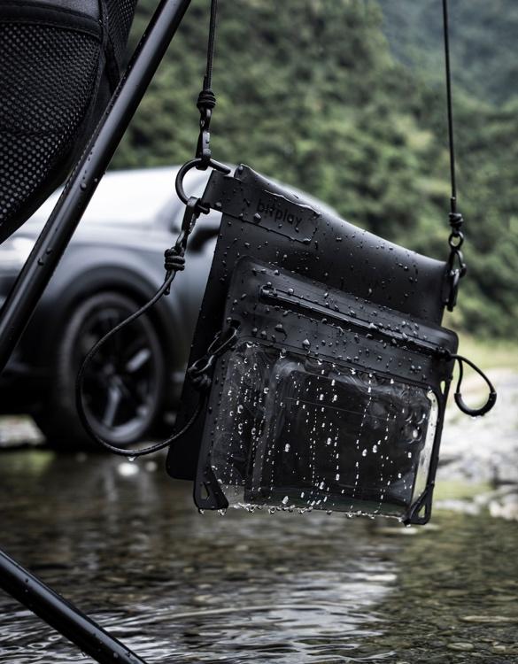 bitplay-aquaseal-waterproof-bag-2.jpg | Image