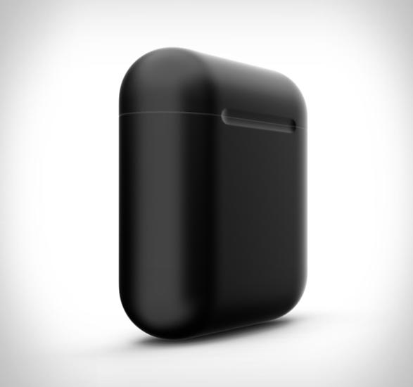 black-airpods-3.jpg | Image