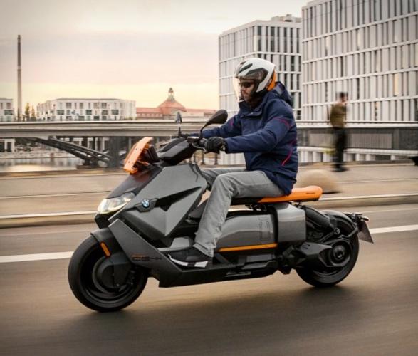 bmw-ce-04-electric-scooter-11.jpg