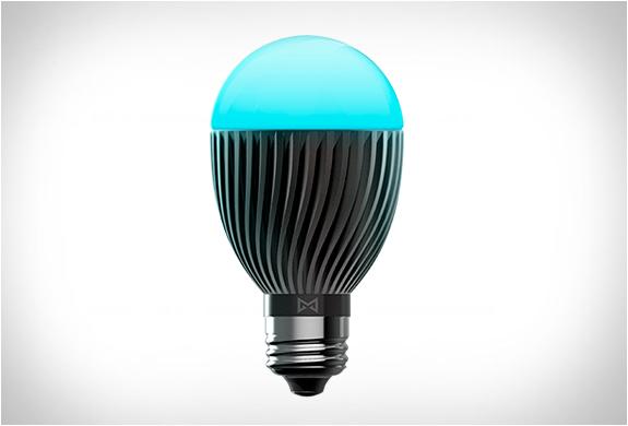 bolt-smart-bulb-3.jpg | Image