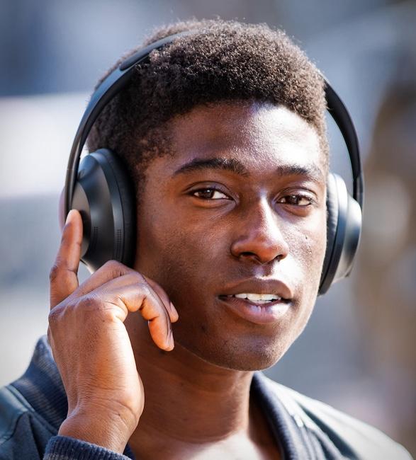 bose-noise-cancelling-headphones-700-3.jpg | Image