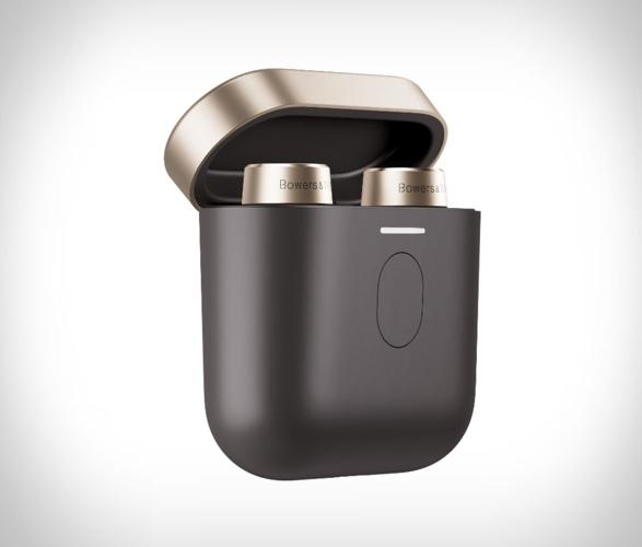 bowers-wilkins-true-wireless-headphones-4.jpg | Image