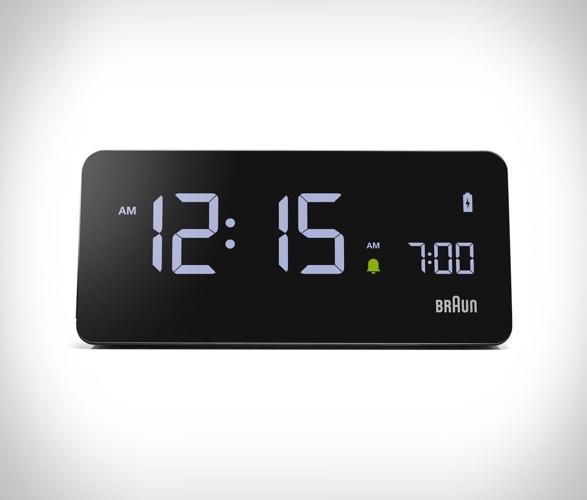 braun-bc21-wireless-charging-clock-3.jpg | Image