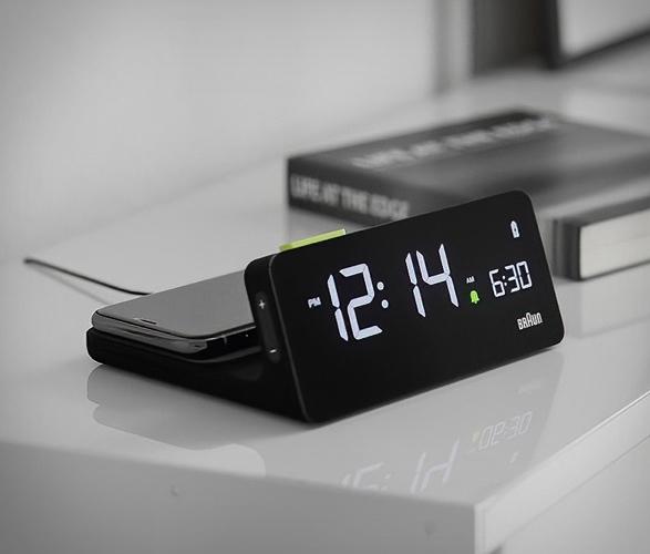 braun-bc21-wireless-charging-clock-6.jpg