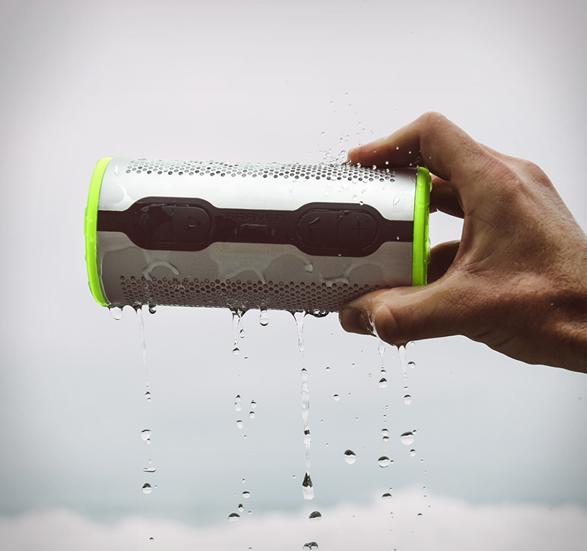 braven-stryde-360-waterproof-speaker-6.jpg