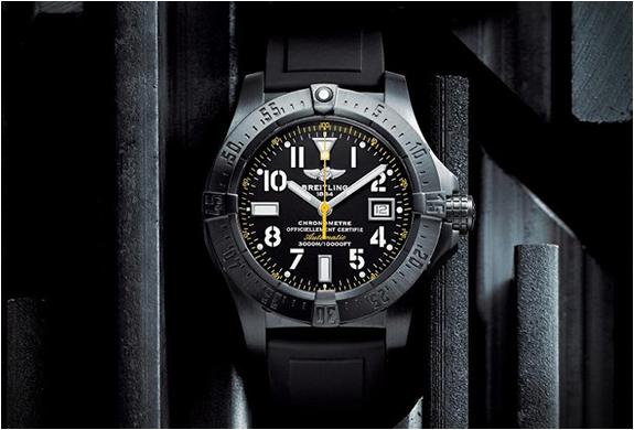 Breitling Avenger Seawolf Blacksteel Code Yellow | Image