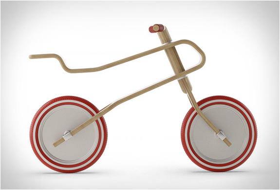 Brum Brum Balance Bike | Image