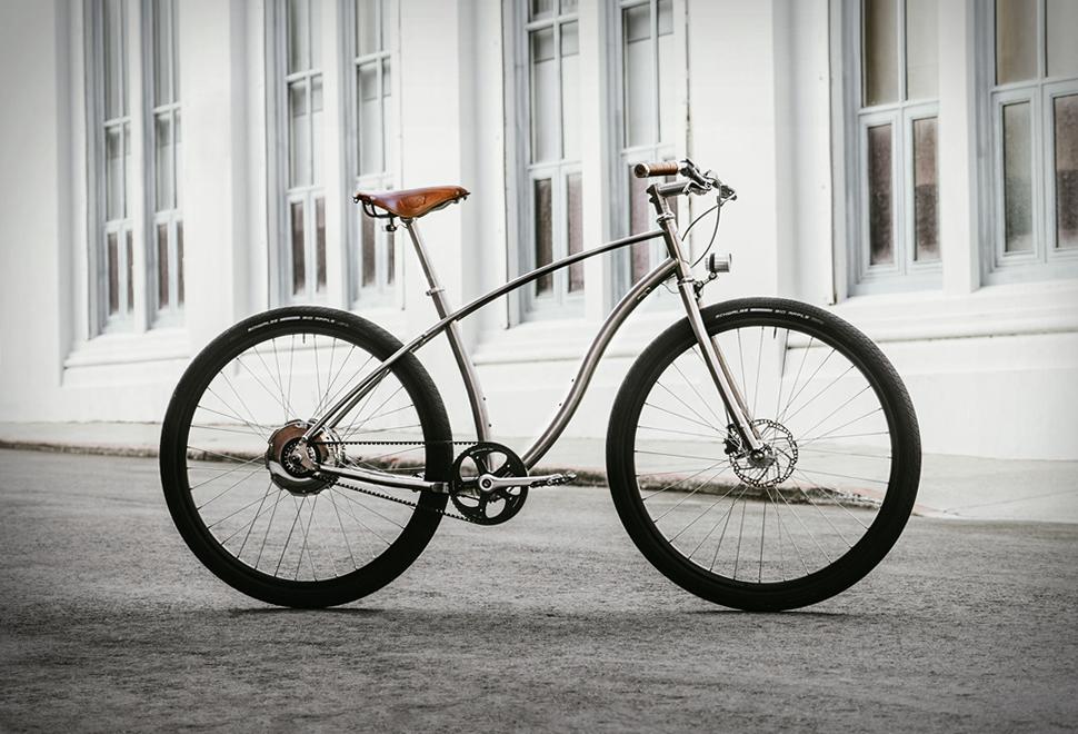 Budnitz Model E | Image