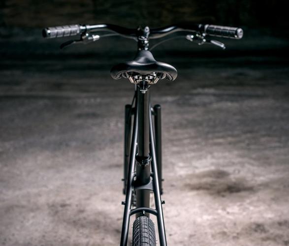 budnitz-no-3-pitch-black-5.jpg | Image