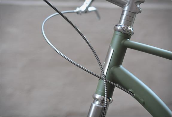budnitz-titanium-paratrooper-edition-3.jpg | Image