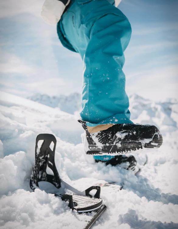 burton-step-on-snowboard-binding-4.jpg | Image