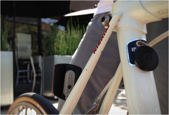 button-trackr-4.jpg | Image