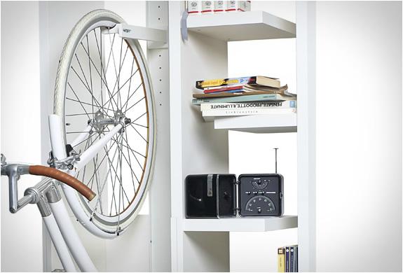 byografia-bookbike-bookcase-3.jpg | Image