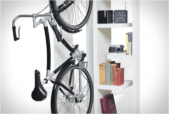 byografia-bookbike-bookcase-4.jpg | Image