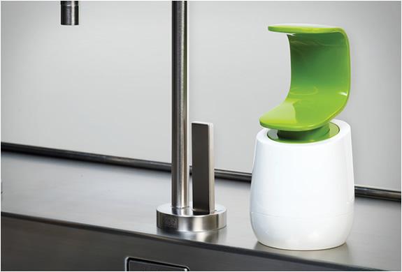 c-pump-single-handed-soap-dispenser-2.jpg | Image