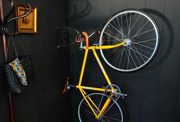 cactus-tongue-bike-hanger-4.jpg | Image