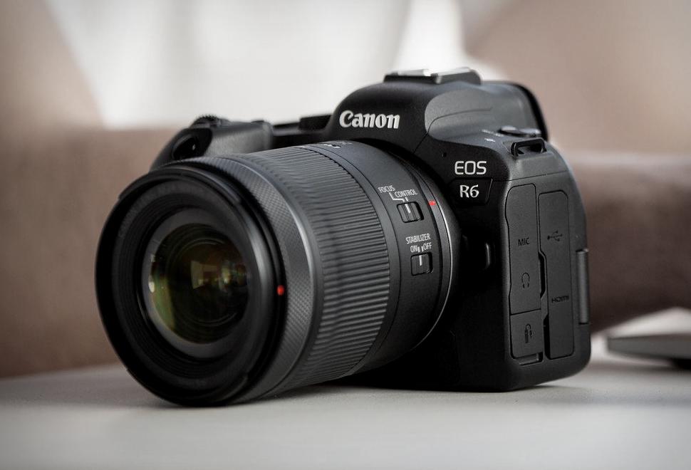 Canon EOS R6 | Image
