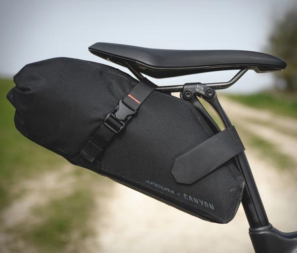 canyon-apidura-bike-bags-8.jpg