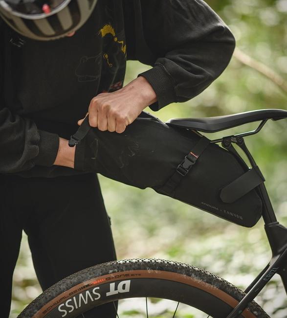 canyon-apidura-bike-bags-9.jpg