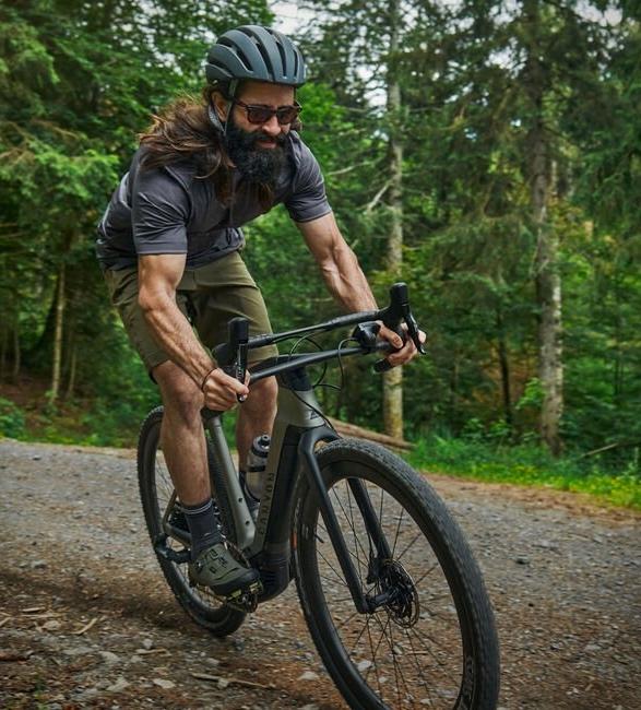 canyon-grail-on-electric-gravel-bike-3.jpg | Image