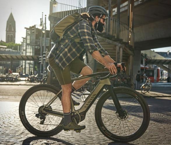 canyon-grail-on-electric-gravel-bike-5.jpg | Image