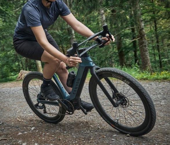 canyon-grail-on-electric-gravel-bike-6.jpg