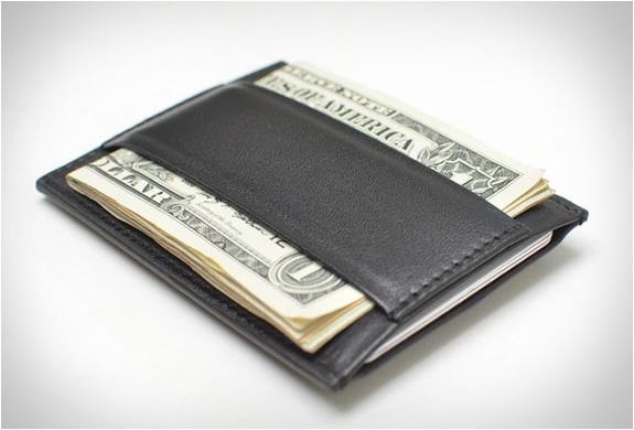 capsule-minimalist-wallet-2.jpg | Image