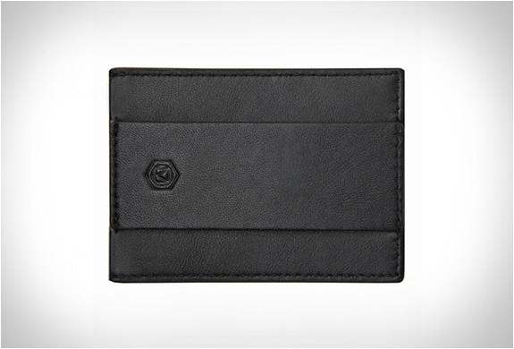 capsule-minimalist-wallet-4.jpg | Image