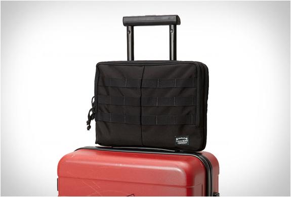 cargo-works-macbook-edc-kit-6.jpg
