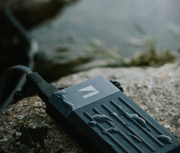 cascade-portable-power-bank-3.jpg | Image