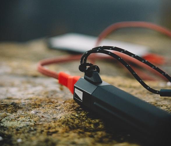 cascade-portable-power-bank-4.jpg | Image