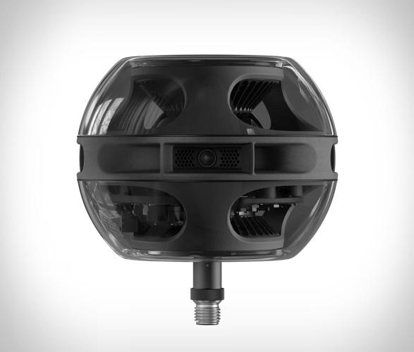 cell-alpha-speaker-1.jpg | Image