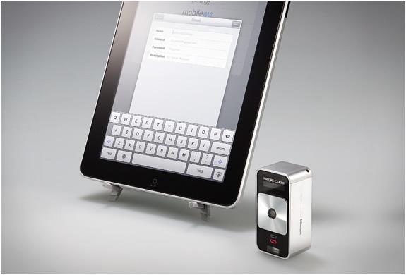 Celluon Magic Cube Virtual Projection Keyboard