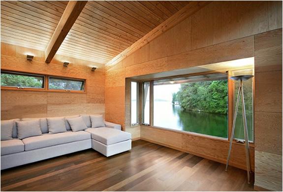 christopher-simmonds-muskoka-lakes-boathouse-4.jpg | Image