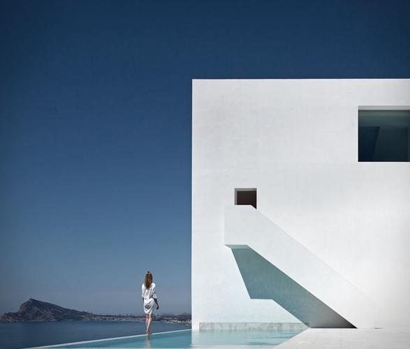cliff-house-fran-silvestre-arquitectos-9.jpg