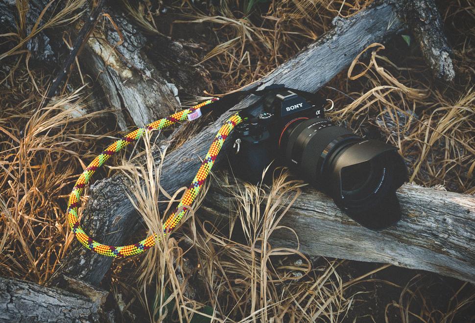 CLIMBING ROPE CAMERA STRAPS | Image