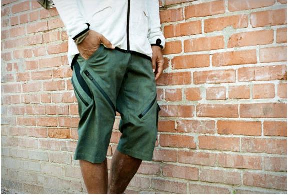 coldsmoke-innak-biking-shorts-3.jpg | Image