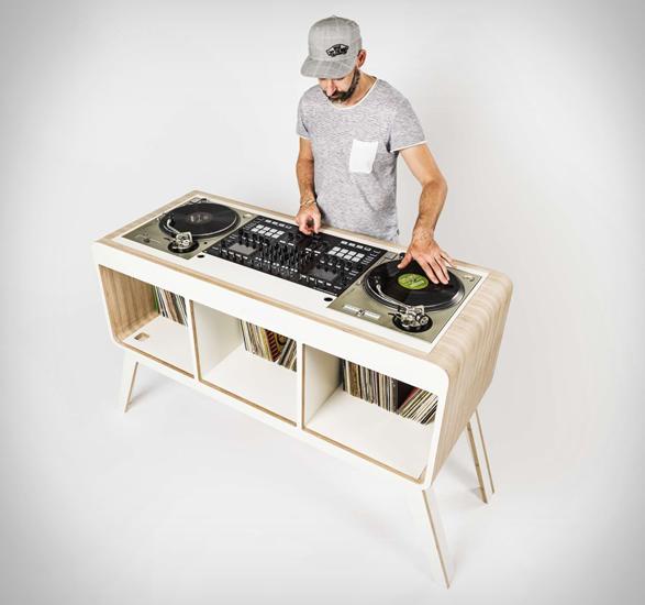comfour-dj-table-7.jpg