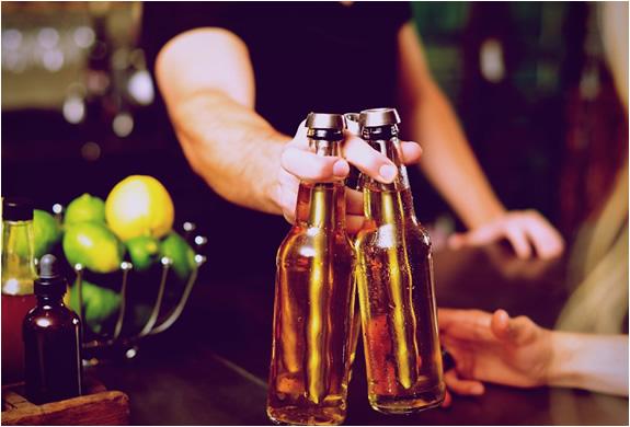 corkcicle-chillsner-beer-chiller-3.jpg | Image