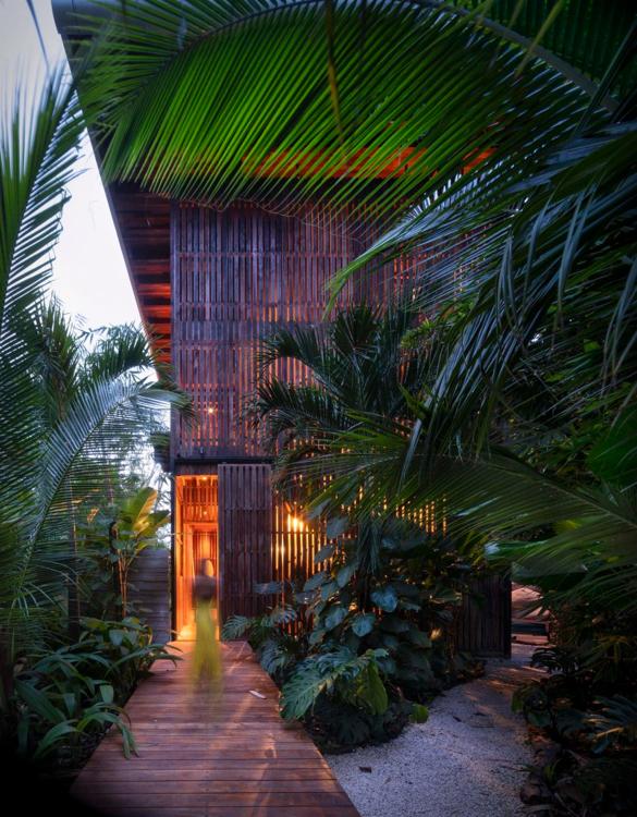 costa-rica-treehouse-4.jpg   Image