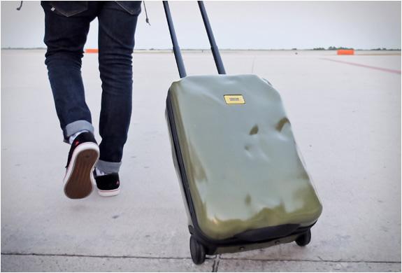crash-baggage-3.jpg | Image