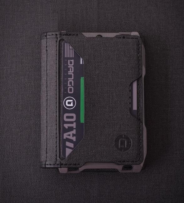 dango-a10-adapt-wallet-7.jpg