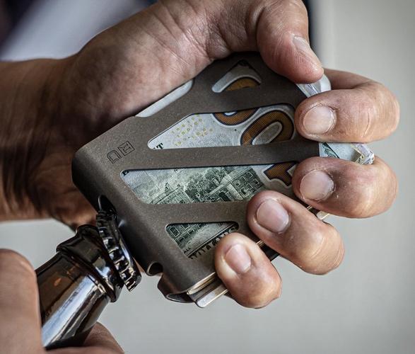 dango-titanium-money-clip-7.jpg