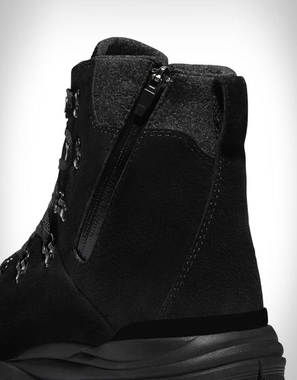 danner-arctic-600-side-zip-boots-5.jpg